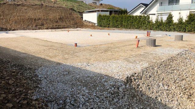 Vorbereitung zur Erstellung einer Bodenplatte einschließlich Entwässerung in Kierspe